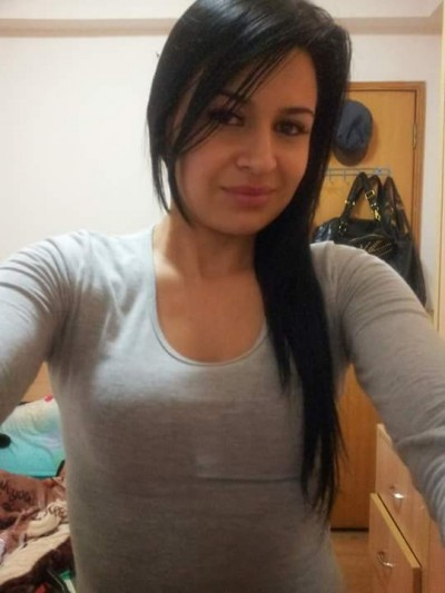 latin woman dating
