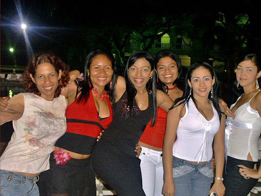 women from cartagena colombia