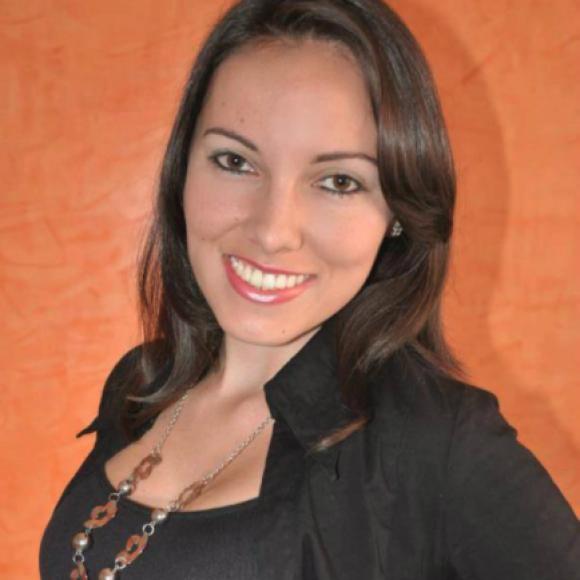 Profile picture of Claudia C