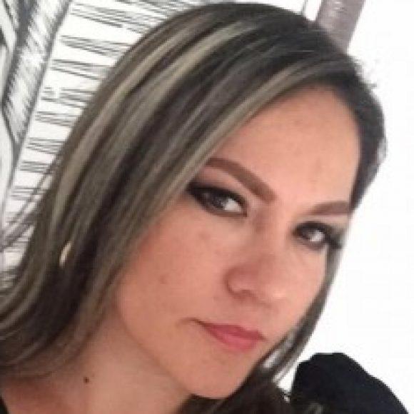 Profile picture of Yoli
