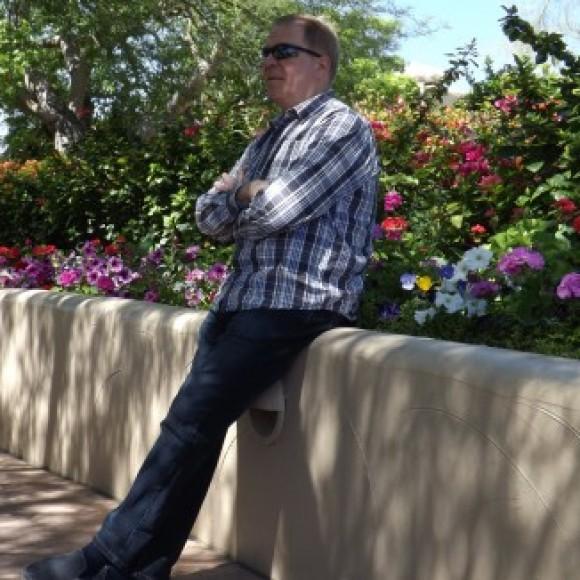Profile picture of Mark_V.