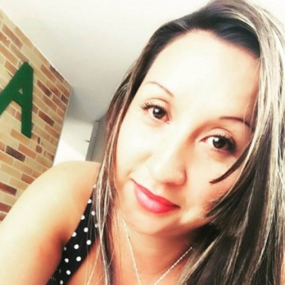Profile picture of Angie Laverde