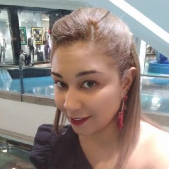 Profile picture of Julieth Andrea