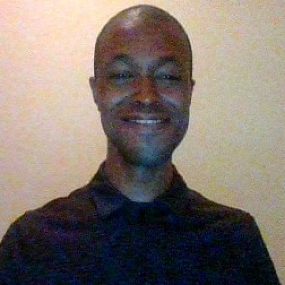 Profile picture of Julian Benton