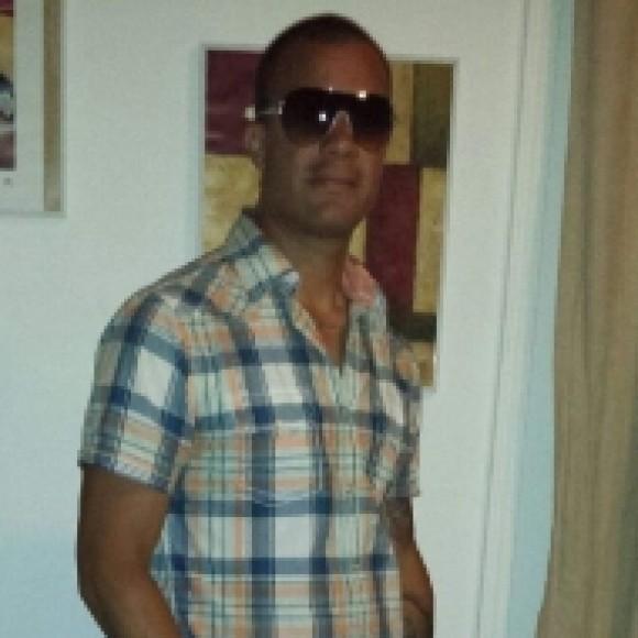 Profile picture of Donald Aviles
